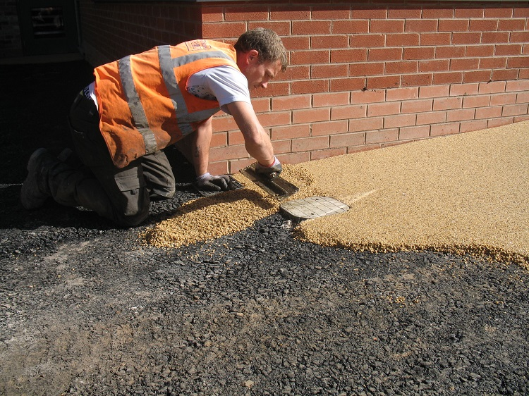 Installing a Resin Bound Driveway